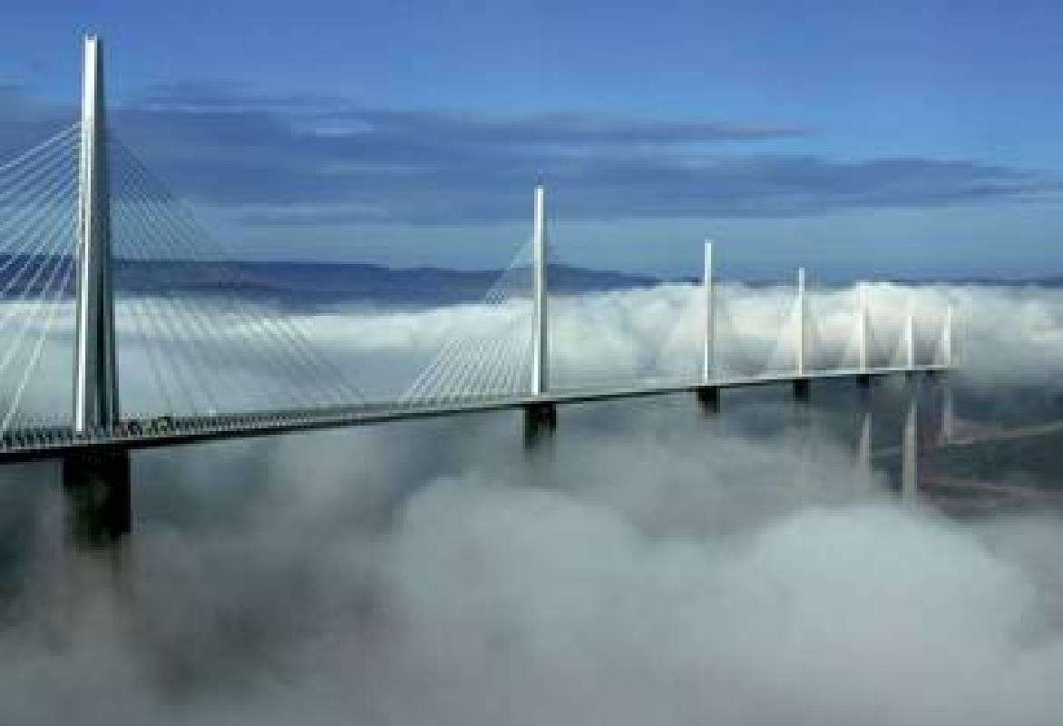 米約高架橋  法國塔恩峽谷,1993 – 2005
