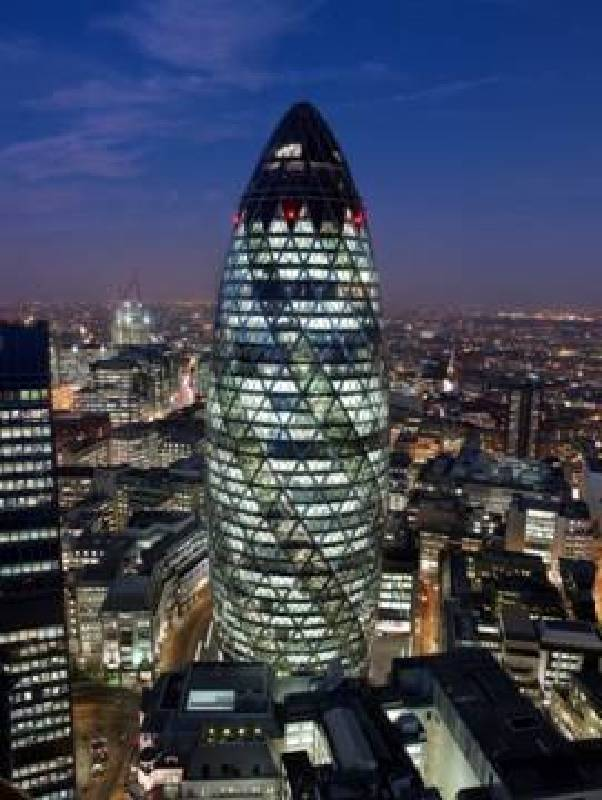 瑞士再保險公司總部  英國倫敦,1997 – 2004