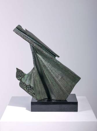 楊英風,《水袖》。圖/尊彩藝術中心提供。