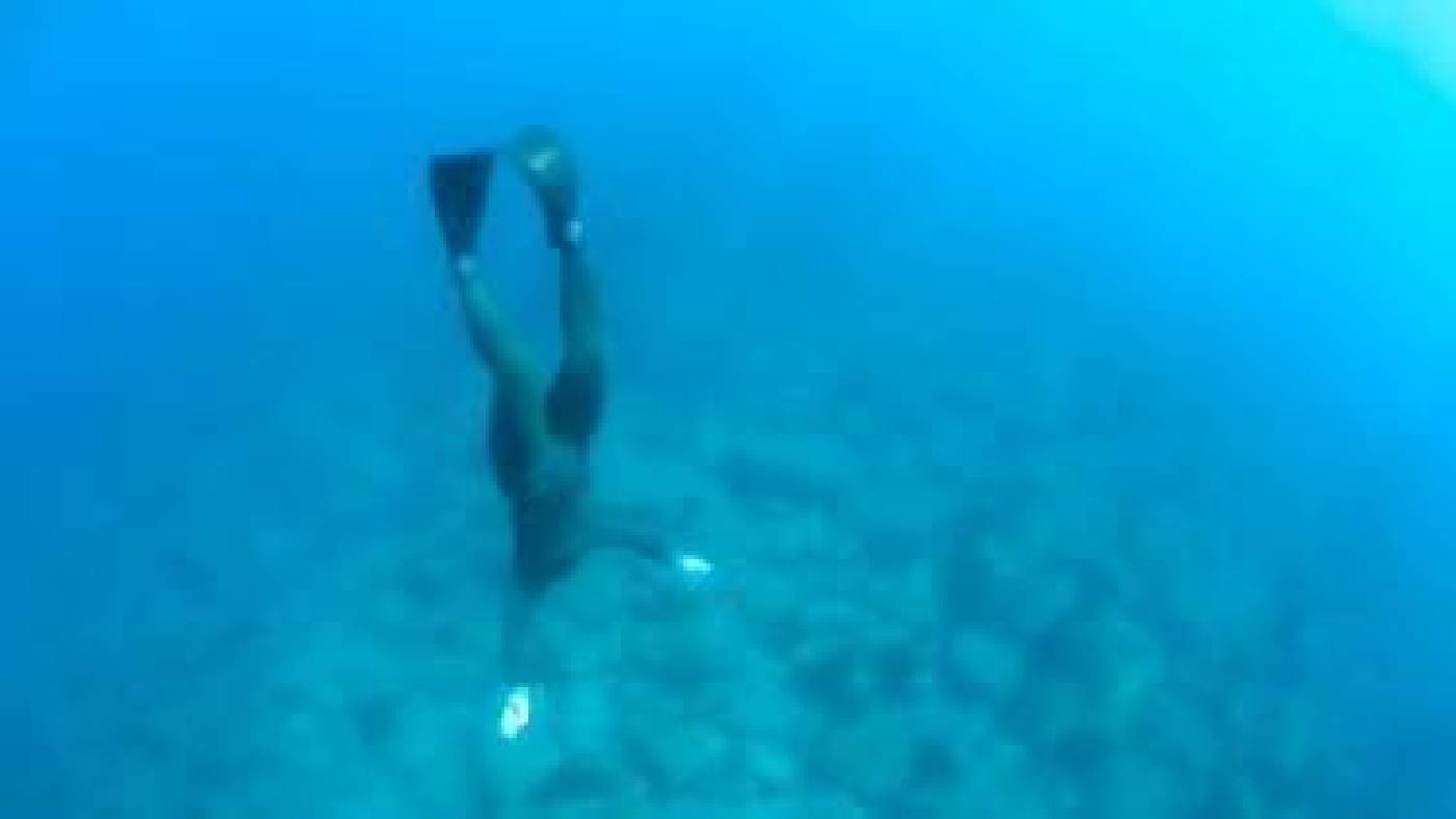全昭侹,〈金銀島〉,11分09秒,單頻道錄像,2014,藝術家提供