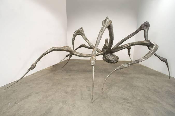 《Crouching Spider》, 2003