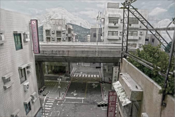 張立人Chang Li-Ren, 戰鬥之城Battle City EP01 video installation, 2012, Liang Gallery