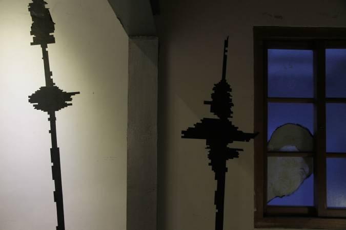 曾偉豪,《聲影-光語》。圖/非池中藝術網攝。