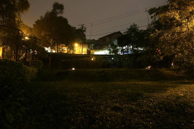 西原尚,《山城浮影》。圖/非池中藝術網攝。
