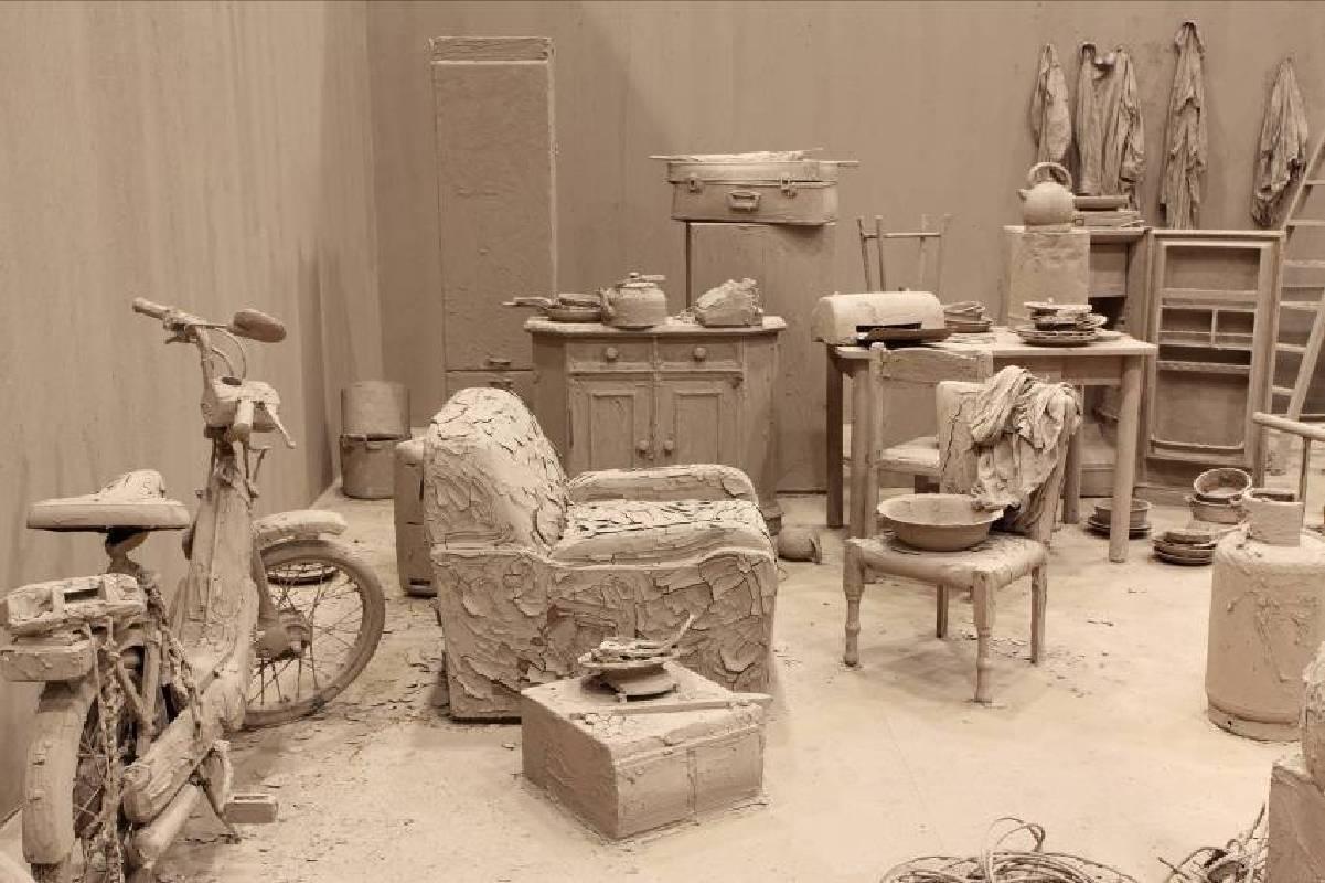 《净化室》,2000 – 2015年,巴黎私人收藏,圖片由常青畫廊提供。