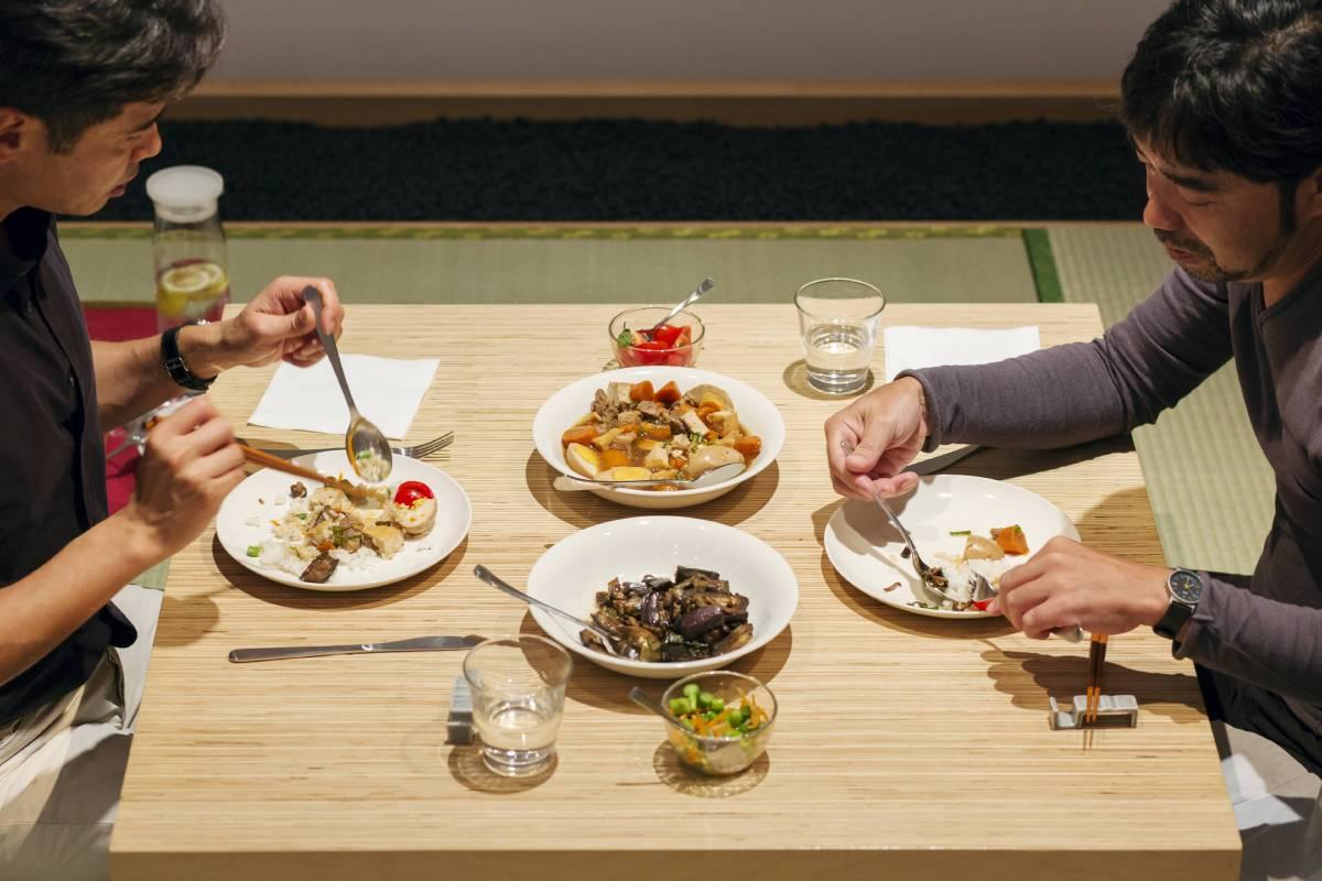 《晚餐計畫》 1997/2014  複合媒材互動裝置