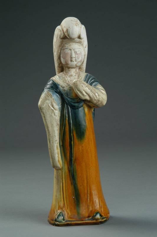 三彩鸚鵡髻女俑,唐代,1972年出土於洛陽市澗西區礦山廠   (洛陽博物館典藏)