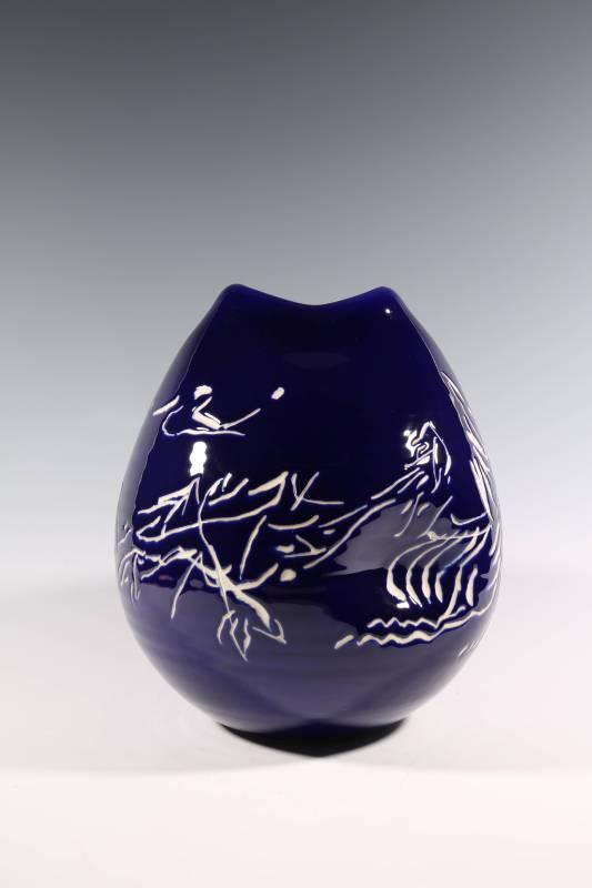 張嵐軍 《化蝶系列之八十造型瓶》 2015 28×28×32公分