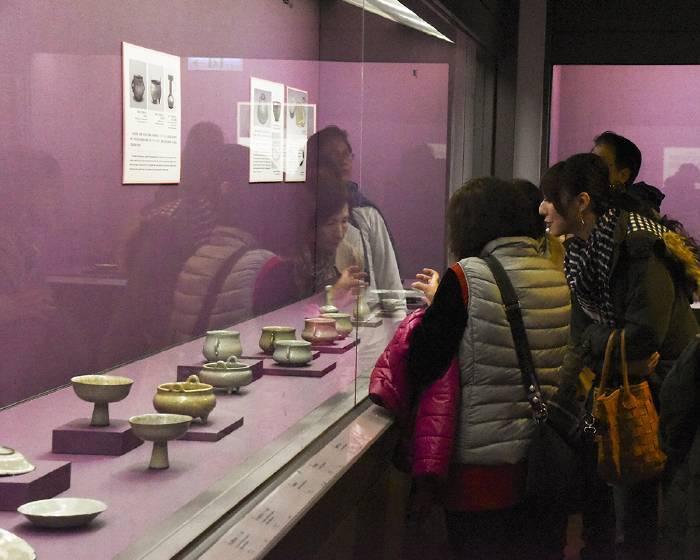 國立故宮博物院【貴似晨星】清宮傳世12至14世紀青瓷特展