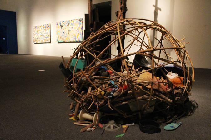拉黑子個展「五十步的空間」。圖/非池中藝術網攝。