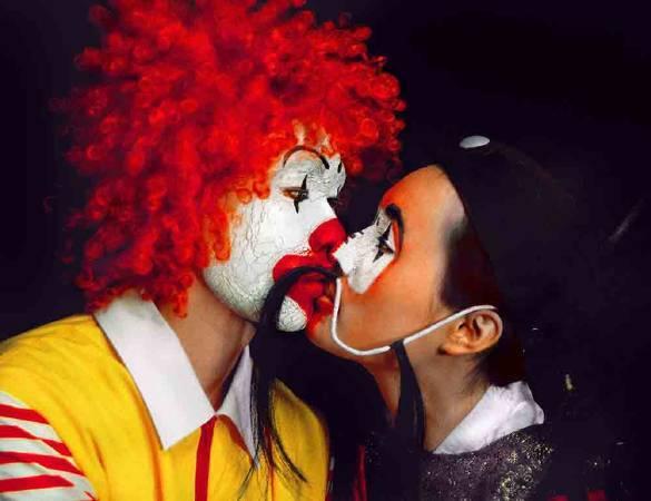 梅丁衍《Kiss I》。圖/伊通公園提供。