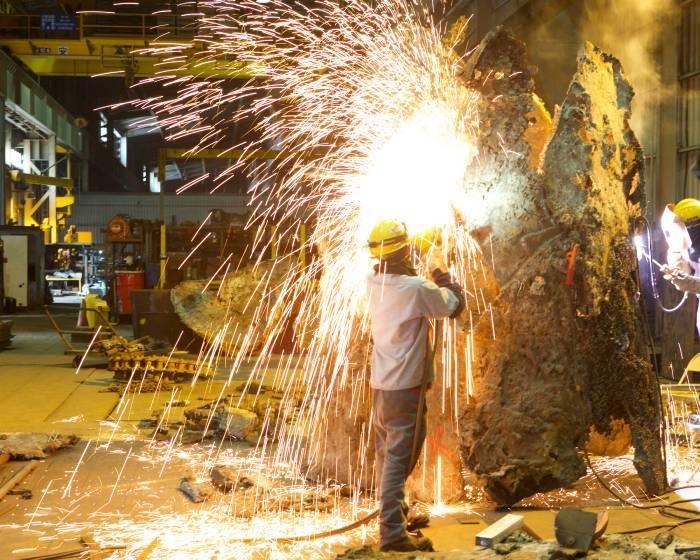 藝術與重工業 東鋼駐廠計畫讓廢鋼重生
