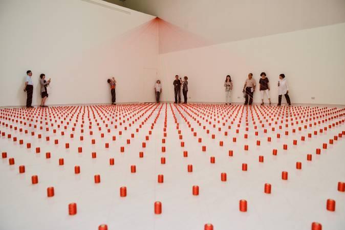 《洪就是紅 紅素珍特展》