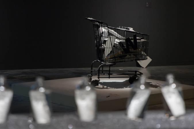 騆瑜,《生產線2號:資本計畫》。