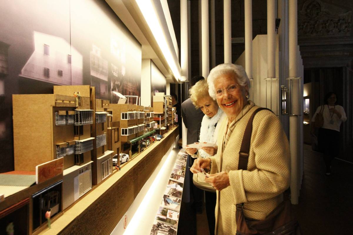 《臺灣再製-常民構築》展出國內常民建築,深受觀者青睞