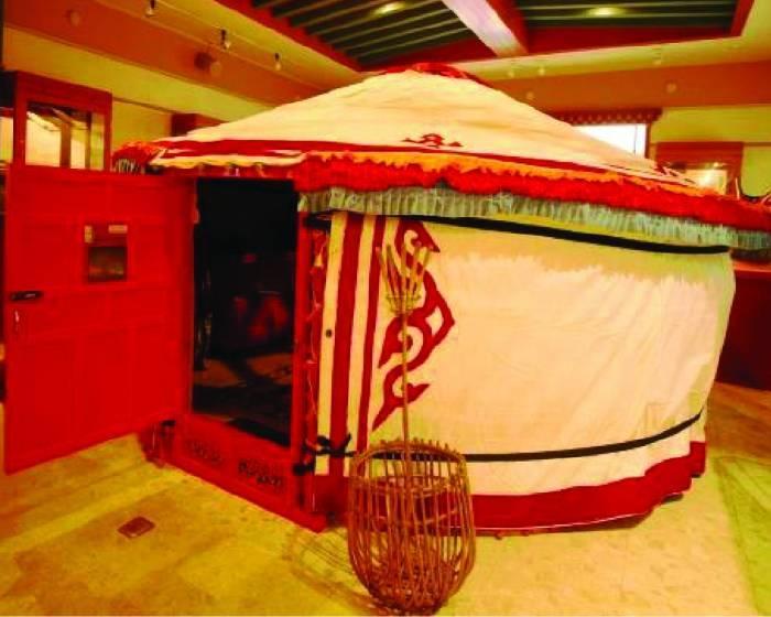 新營文化中心【美麗的流動圖案】蒙藏服飾特展