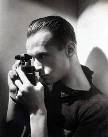 年輕時的亨利·卡蒂爾·布列松。圖/取自flickr。