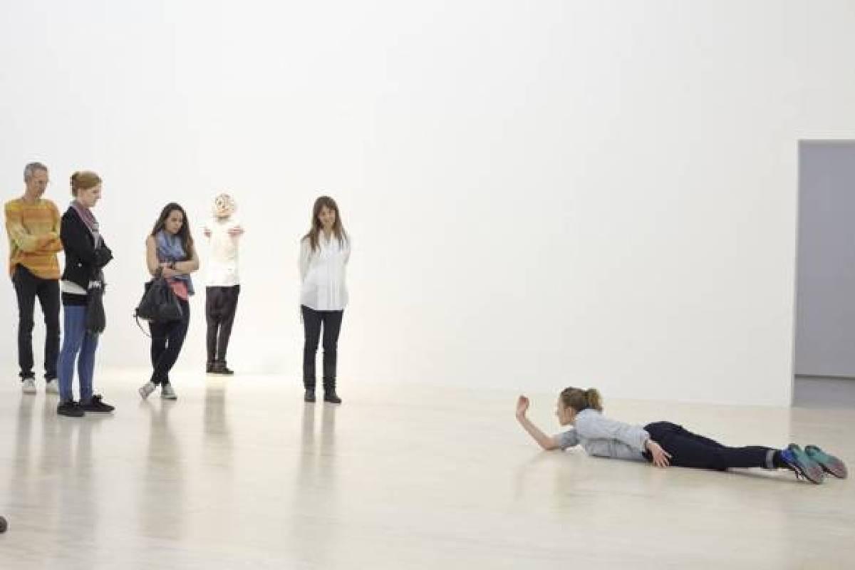 《回顧》,2014 於PS1當代藝術中心,紐約