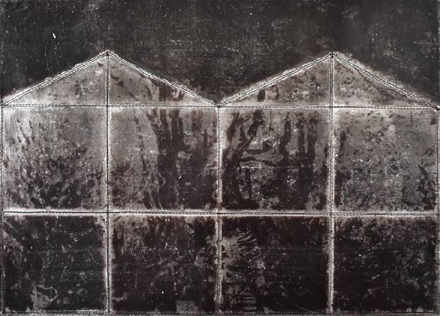 黃至正《侵蝕的記憶-家6》, 2016,紙本、墨水、鋁箔、線,42x30cm