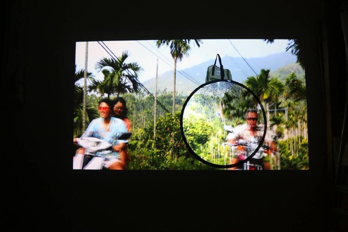 鏡像‧人‧自然‧風景Relection‧Man‧Nature Mirror‧Man‧Landscape_瑞妲‧布可娃Rada Boukova_單頻道錄像Single-Channel Video_2015-2016