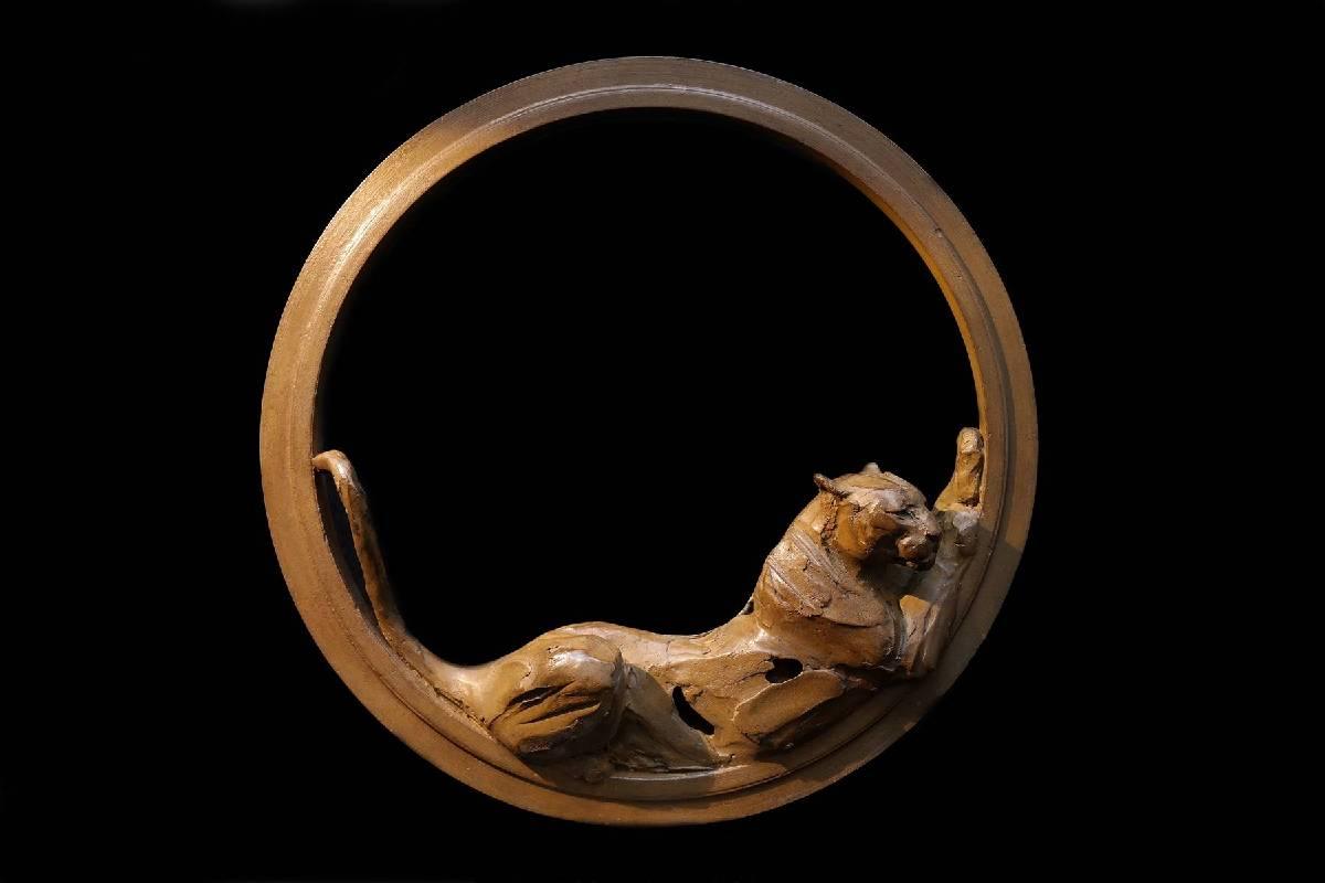 Erwin Peeters《Leopard in ring》Bronze H30×30×7cm 2016