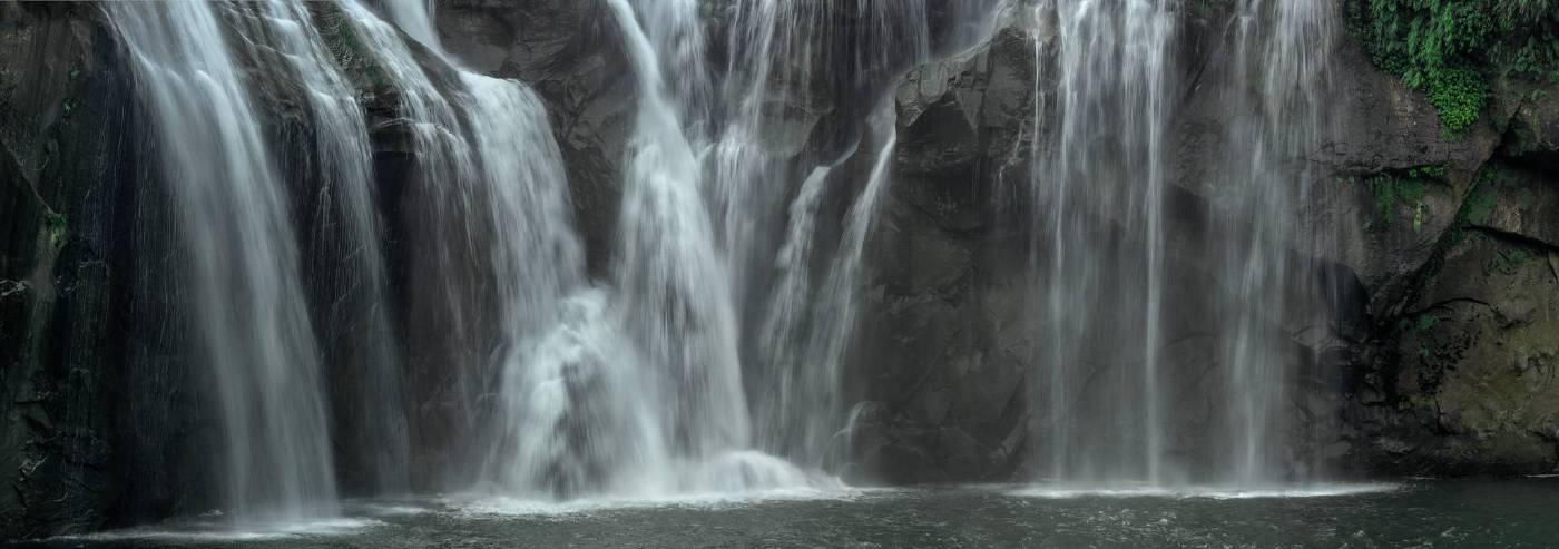 壁巖飛瀑 2010 新北平溪