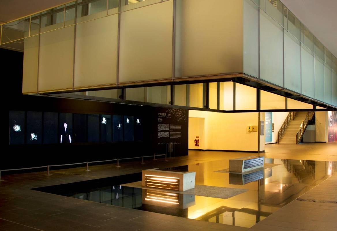 國美館「羅禾淋:完美的犯罪-失控」展場