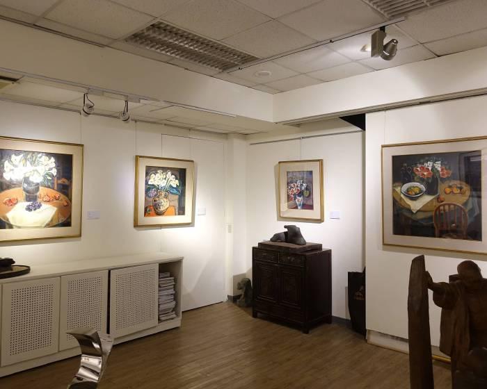 潮藝畫廊:「花與古堡」藍清輝油畫展