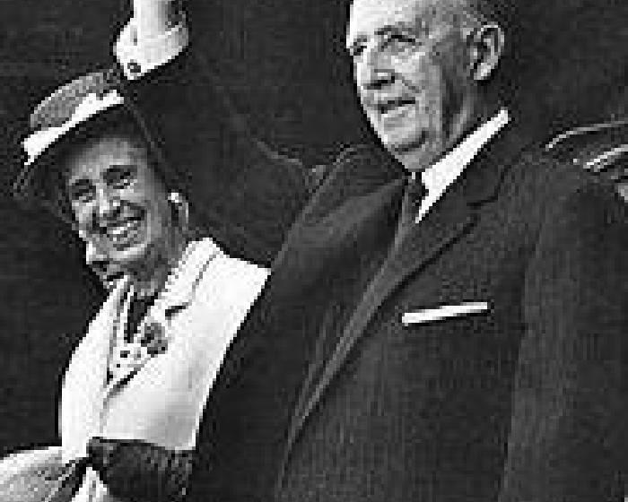 獨裁者重回西班牙 當代展遭蛋洗