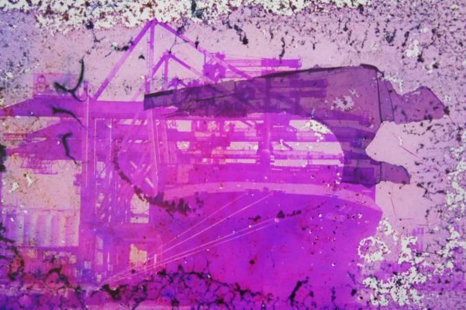 呂易倫 Lu, Yi-Lun|物理質變成為想像的詩#24|25.3cmx23cm、 32cmx23cm 兩張一組 噴墨輸出於ILFORD Prestige smooth Pearl 珍珠面RC相紙  版數:6+2AP|2017
