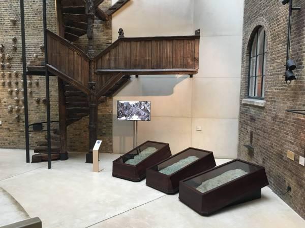 2017 V&A Museum 歐洲採集節《 4017神祕文明的皺褶世界》