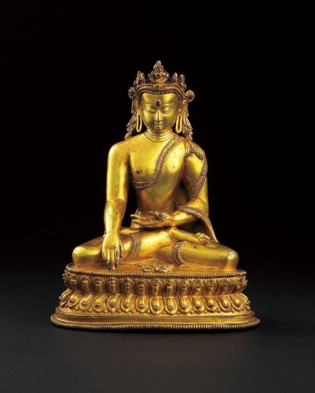 LOT1087 14/15世紀 馬拉王朝銅鎏金寶冠釋迦摩尼佛坐像