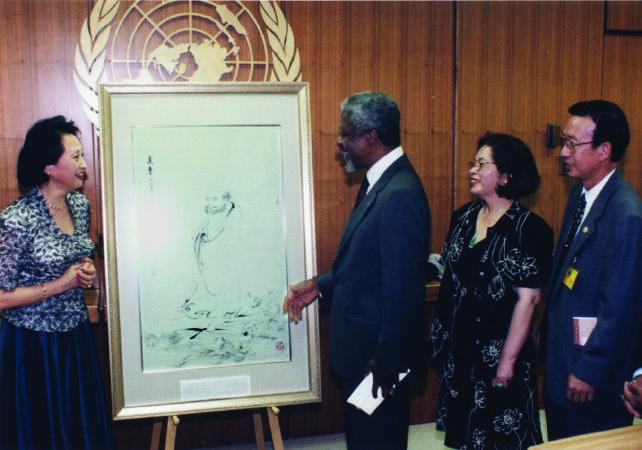 聯合國秘書長安南收藏傅益瑤畫作《達摩一葦渡江》