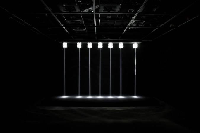 姚仲涵《動次動次+光電獸#2-天花板》© 臺北市立美術館。