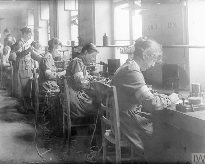 女戰地攝影師  艾迪絲眼裡的一次世界大戰