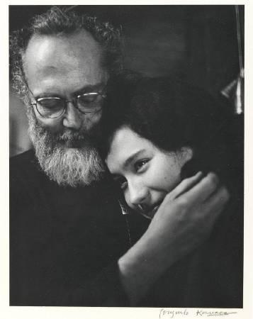 Consuelo Kanaga, W. Eugene Smith and Aileen.圖/取自Wikipedia。