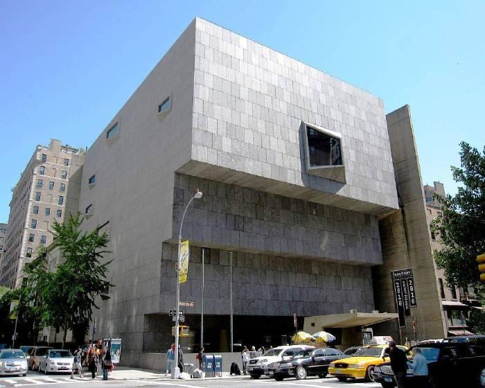 2015年新建美術館  惠特尼美術館奪冠