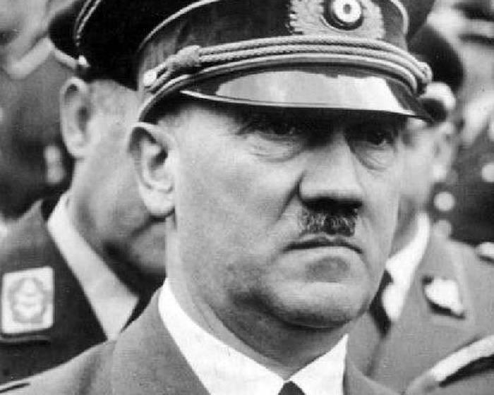希特勒的愛與恨  寫實與抽象藝術