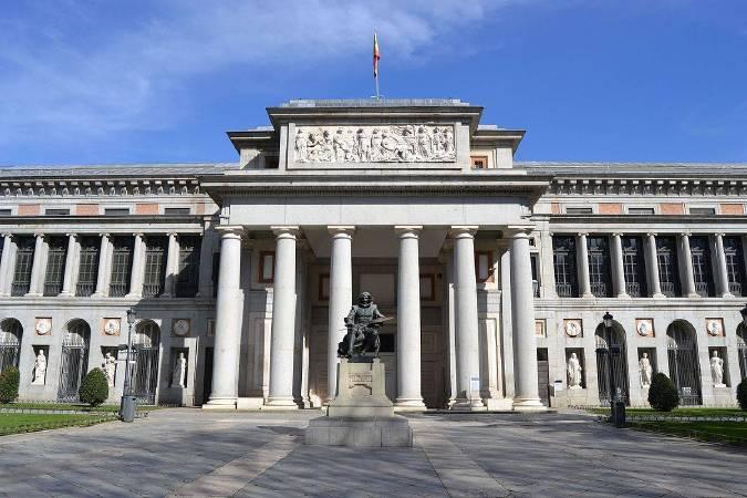 https://commons.wikimedia.org/wiki/File:Museo_del_Prado_2016_(25185969599).jpg