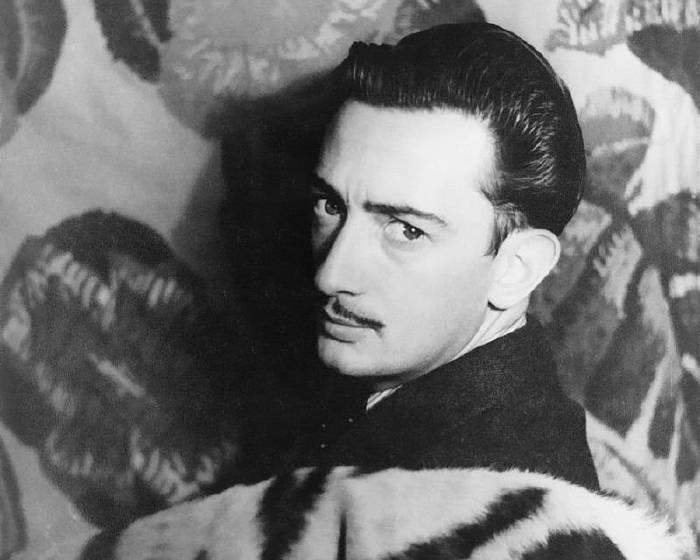 05月11日 Salvador Dalí生日快樂!