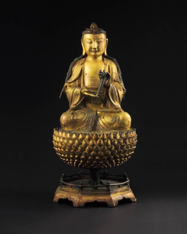 Lot 1163明 銅鎏金三段式觀音菩薩