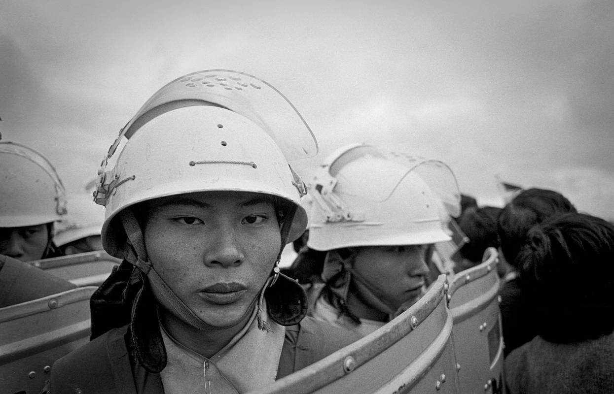 劉振祥《民主風景-機場事件》,桃園,1986