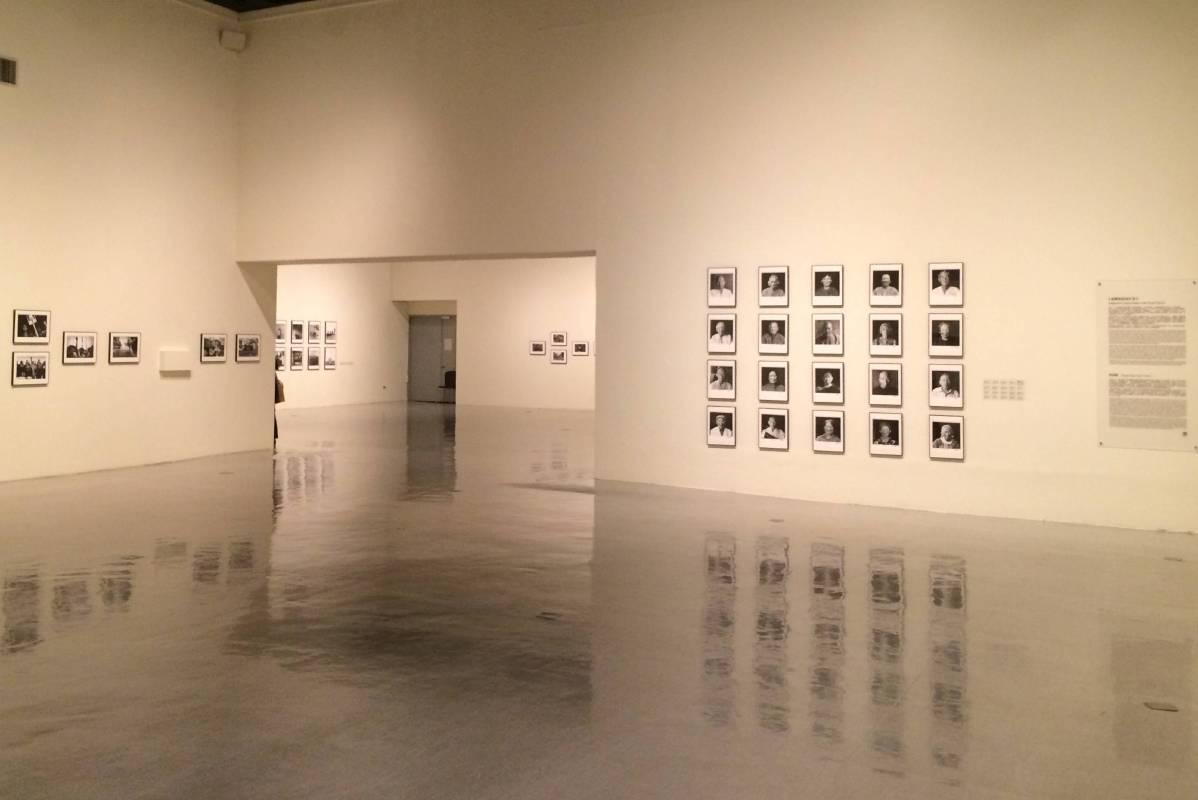 國美館「回望─臺灣攝影家的島嶼凝視1970s - 1990s」展場