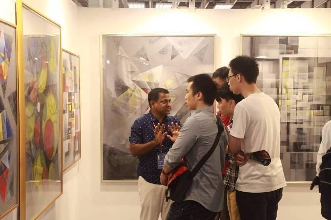 「2018台北新藝術博覽會」國際藝術家專程遠道來台參與藝術盛會,與民眾面對面。
