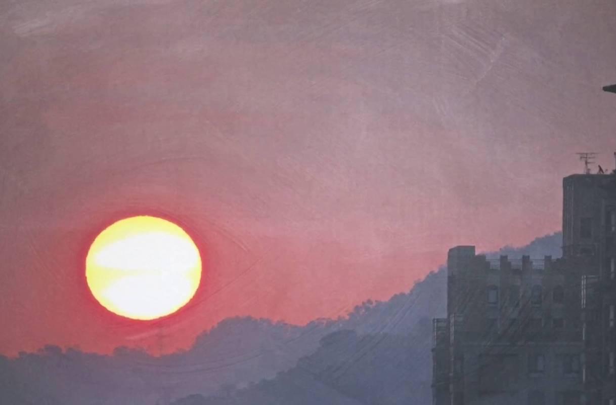 日出台北而居, 100x66cm, 壓克力、微噴於畫布, 2017