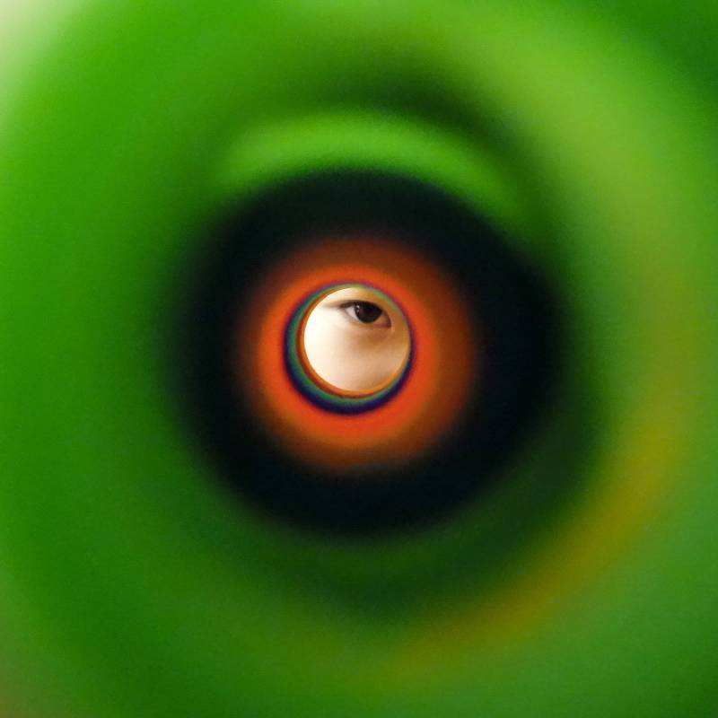 迴看View-Re-View, 30x30cm, 燈箱裝置, 2014