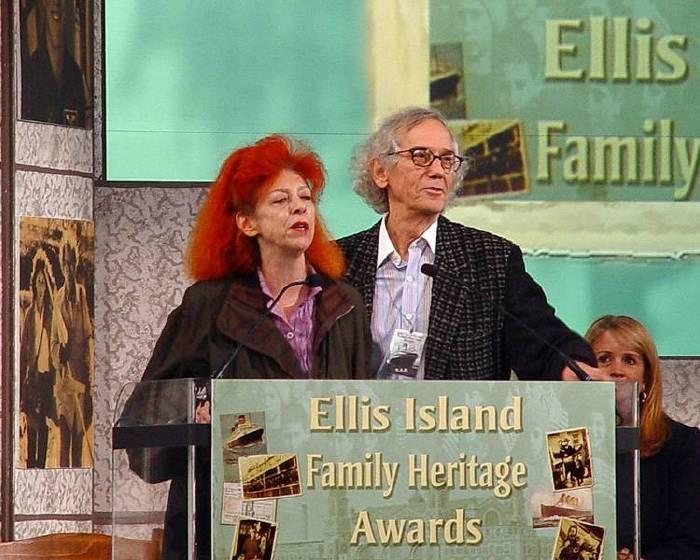 06月13日 Christo and Jeanne-Claude 生日快樂!