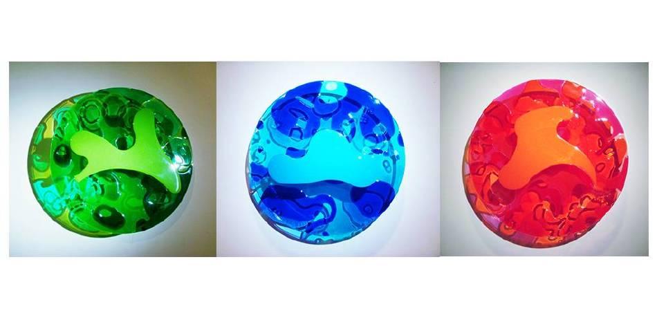 紅、藍、綠  2009年