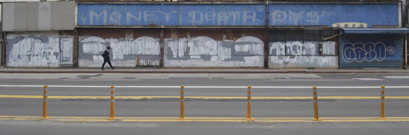 Bernard Bordenave 包德納 |時光旅行者-台北信義路老房子 Time Traveler-Xinyi Road Old Houses Taipei|攝影 Photography | 45x32cm |2012