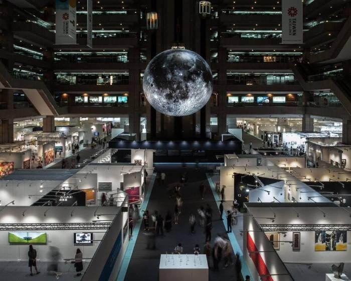 ART TAIPEI 2018 今最後一天 敬邀鑑賞 戰後、錄像特展大展鋒芒;科技特展超乎驚喜想像